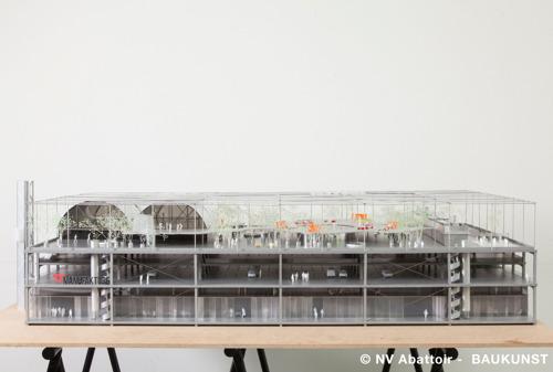 La Région bruxelloise étudie la faisabilité concrète de l'installation d'une piscine sur le toit de Manufakture, sur le site de l'Abattoir