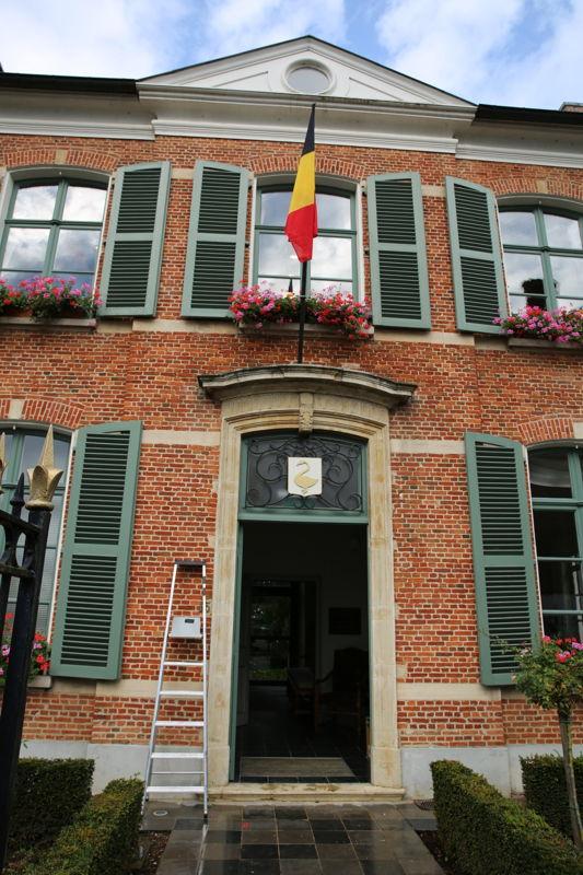 De opnames vonden plaats in de oude dekenij in Heist-op-den-Berg - Achter de schermen bij THUIS- (c) VRT