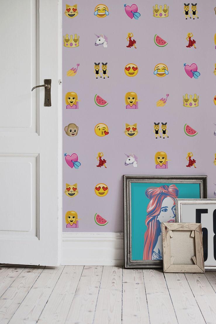 Girly Emoji Wallpaper