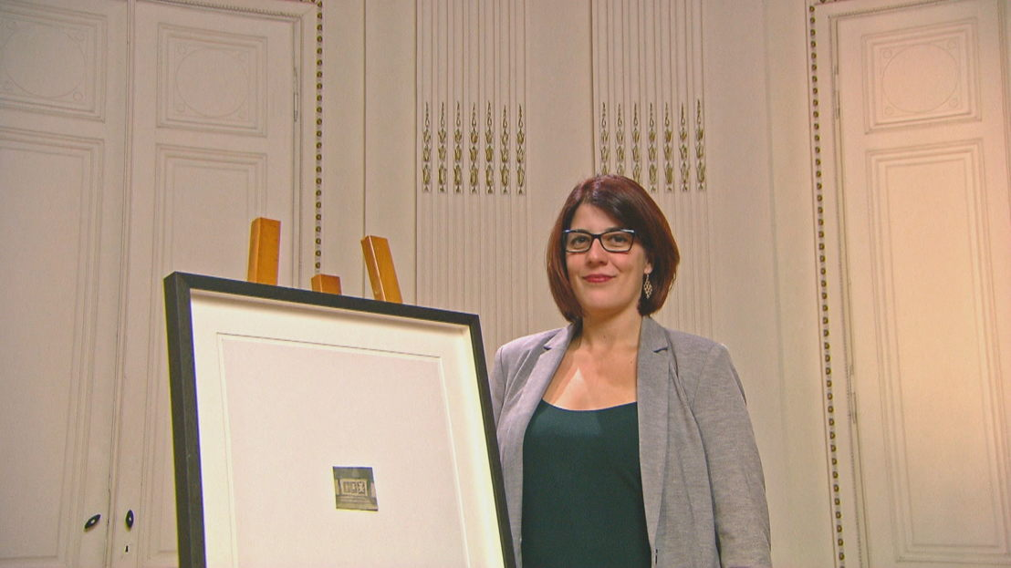 Sarah en haar aquarel van Luc Tuymans