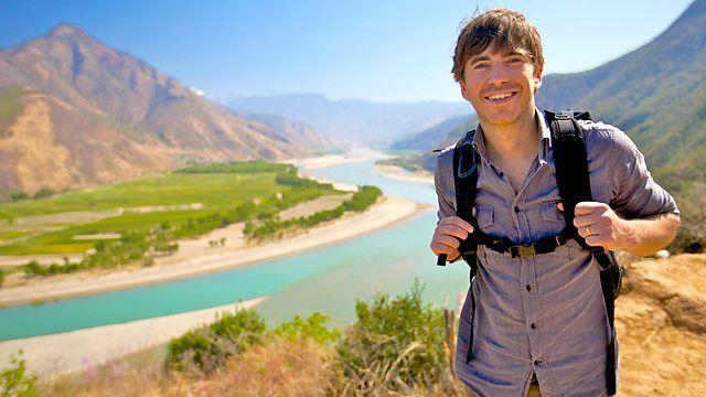 Simon Reeve's Sacred Rivers - De Yangtse - (c) BBC