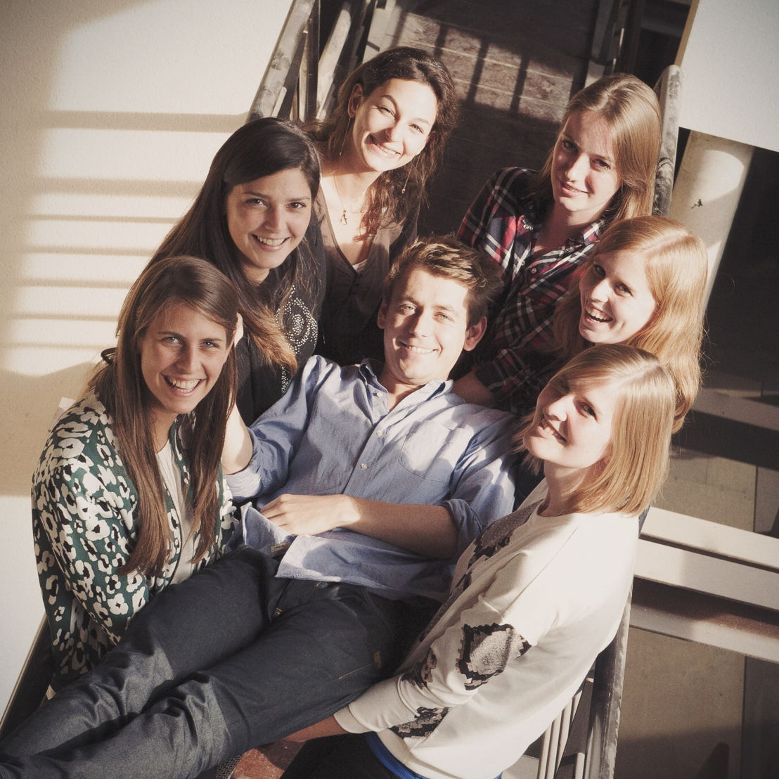 vlnr: Pauline, Olivia, Nada, PJ, Astrid, Charis & Stephanie