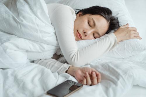 Une nouvelle étude de la VUB jauge l'impact du deuxième confinement sur le sommeil