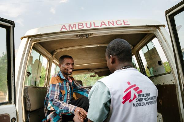 Preview: El descenso de muertes por VIH avanzado se detiene por falta de pruebas básicas en las comunidades más afectadas