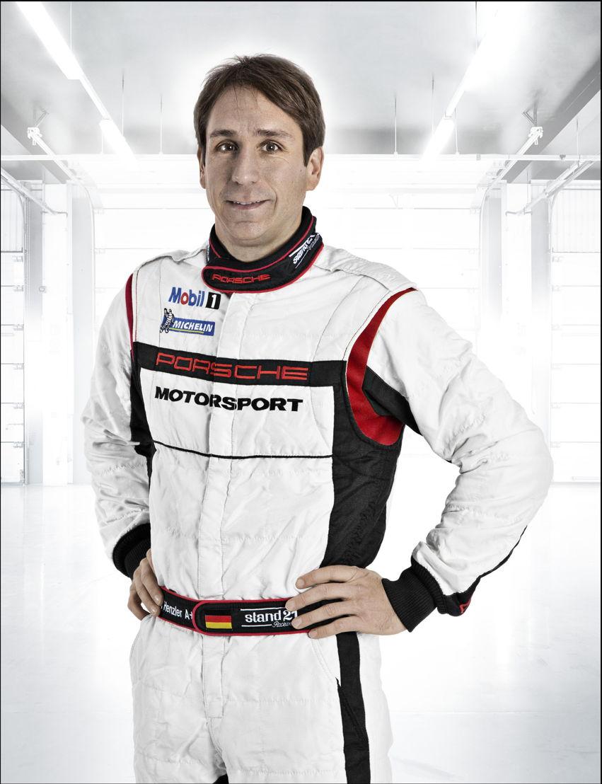 Porsche-Werksfahrer Wolf Henzler (D)