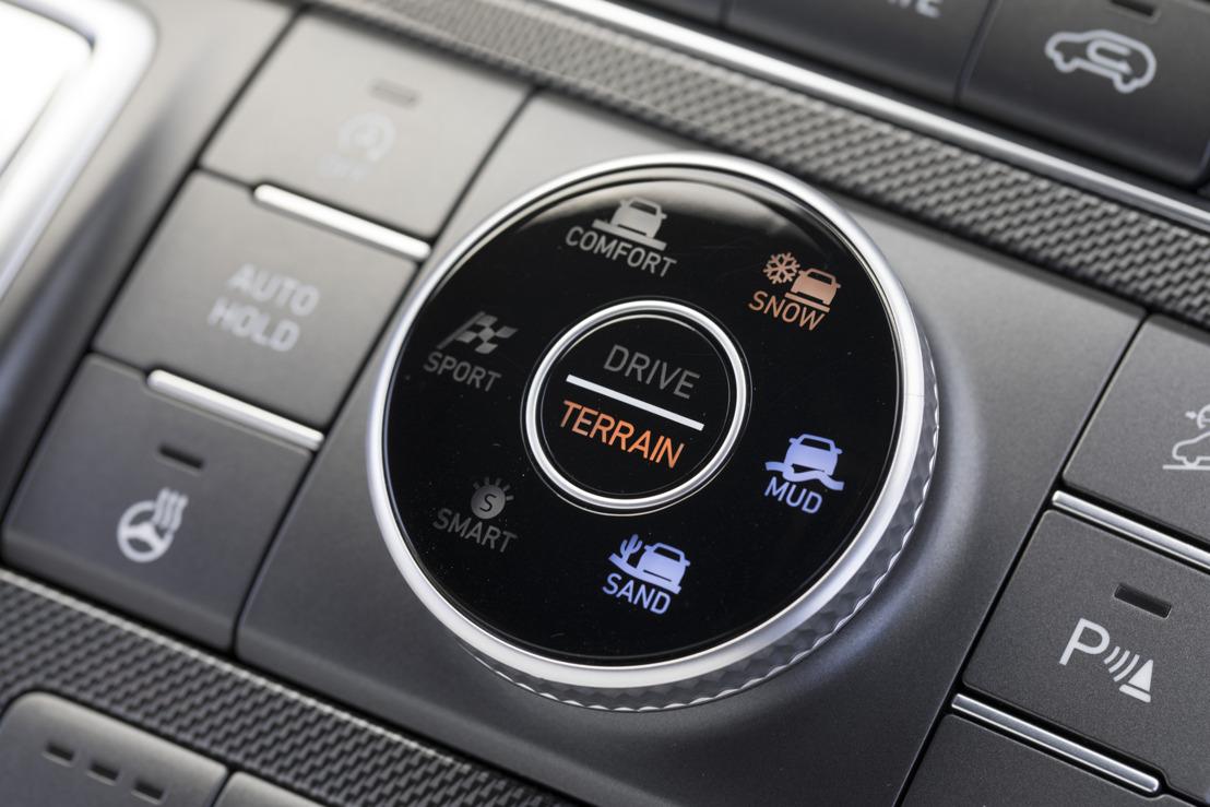 Hyundai stellt den neuen Terrain Mode Selector für den New Santa Fe vor