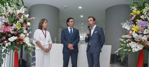 Officiële inhuldiging van het Solaris gebouw in Guayaquil, Ecuador