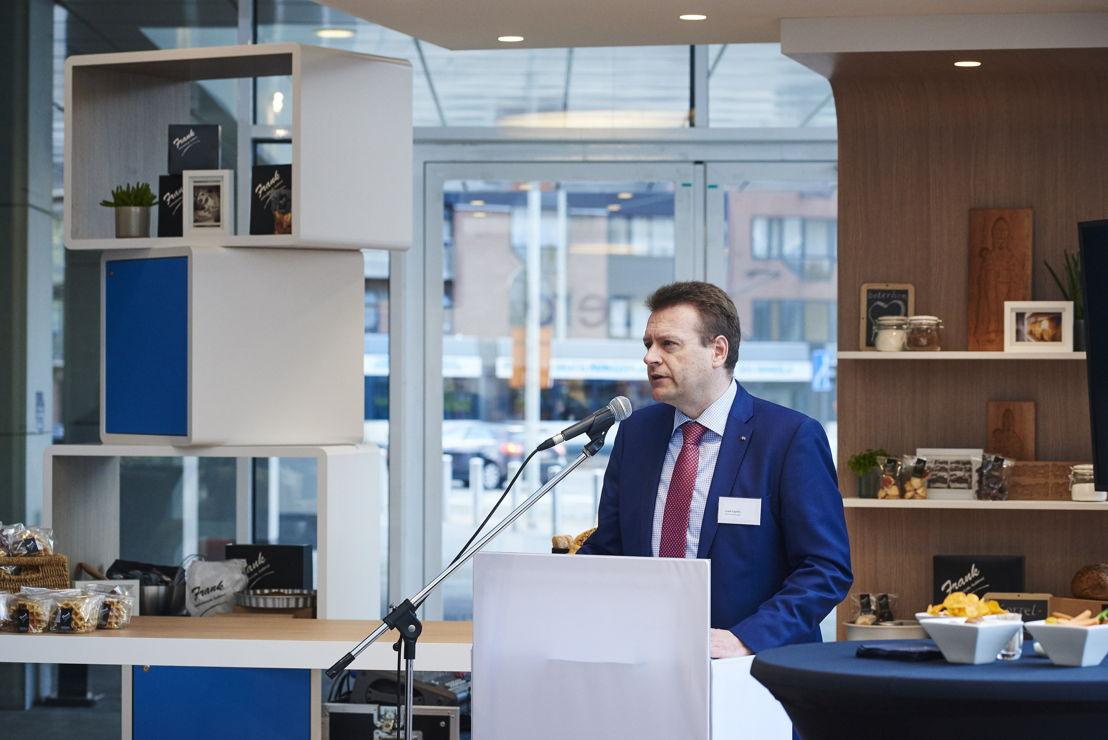 Prijsuitreiking op 28 april 2016 - Frank Engelen, Division Manager AXA Bank