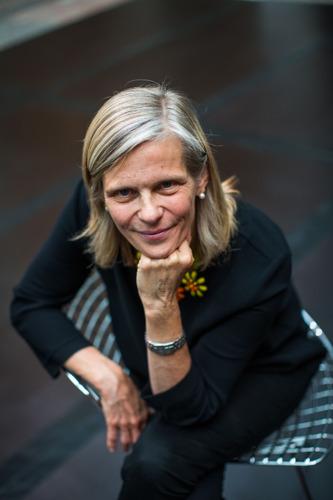 VUB-rector Caroline Pauwels spreekt met Ilja Leonard Pfeijffer over waarheid