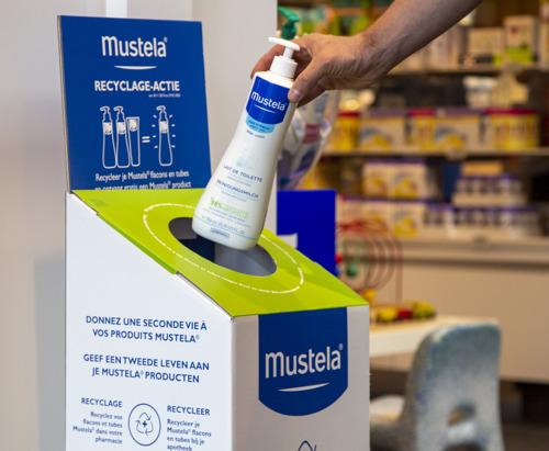 Mustela® upcycling : du gel lavant à la chaise design