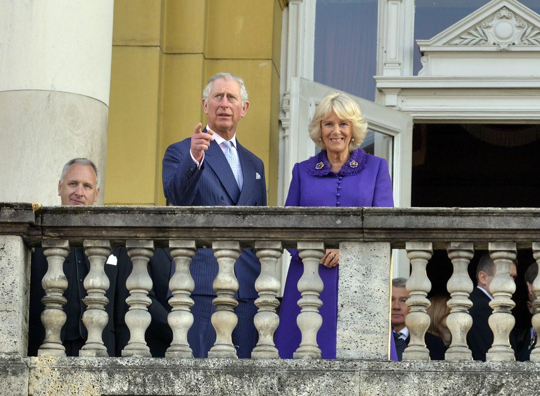 Prins Charles en Camilla voor het Kroatisch Nationaal Theater te Zagreb (c) Cropix