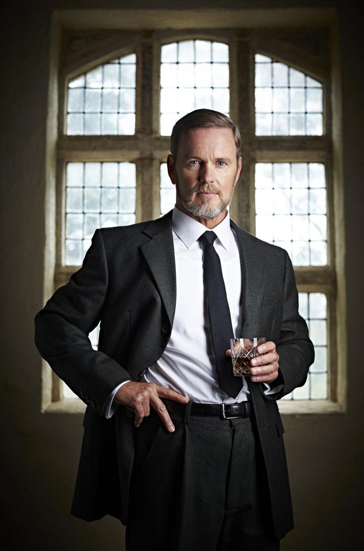 Dr Lucien Blake (Craig McLachlan)