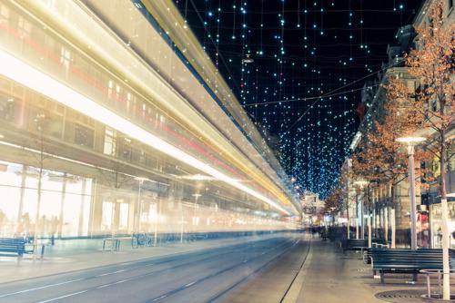 Instore Music: Weihnachtsmusik beim Einkaufen ist Fluch oder Segen?