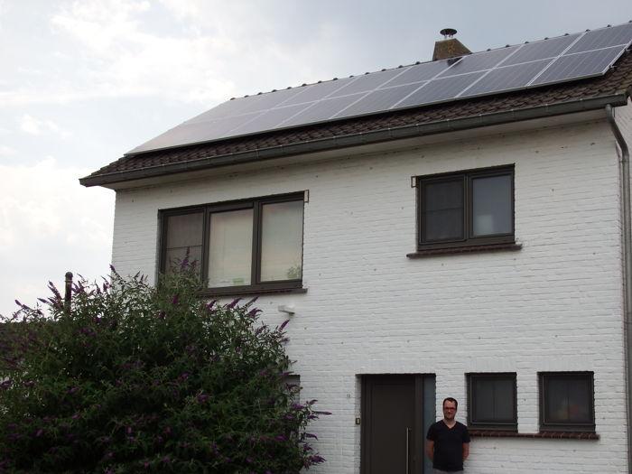 Preview: Eerste zonnepanelen geïnstalleerd van de derde groepsaankoop van Provincie Oost-Vlaanderen!