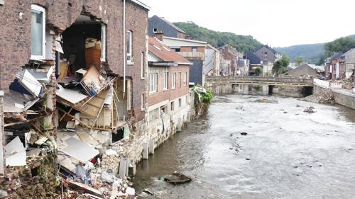 Pano: Overstroming onderschat