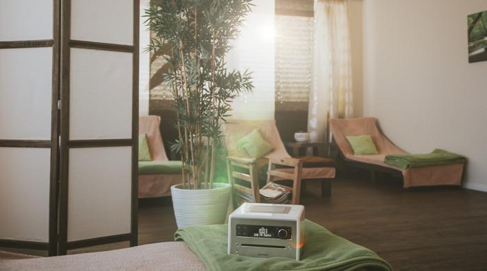 Entspannt und bewusst durch den Tag mit den Relax-Inhalten der neuen Audiosysteme von sonoro