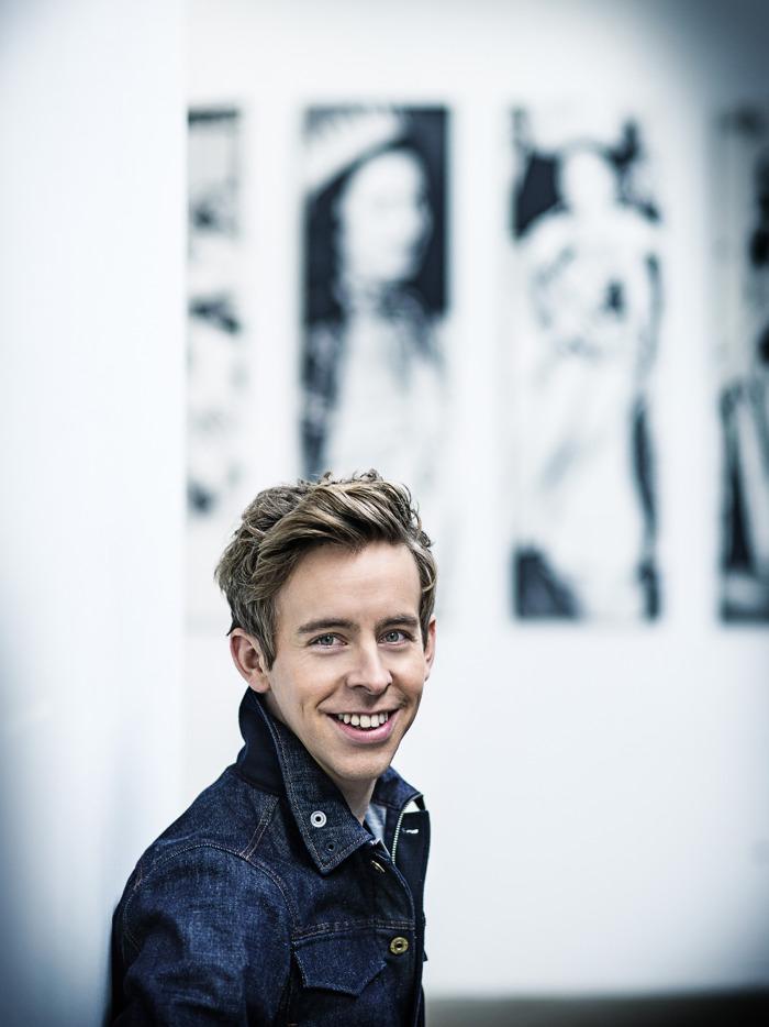 Jonas Van Geel zorgt voor spraakverwarring in humoristische panelquiz 'Veel Tamtam'