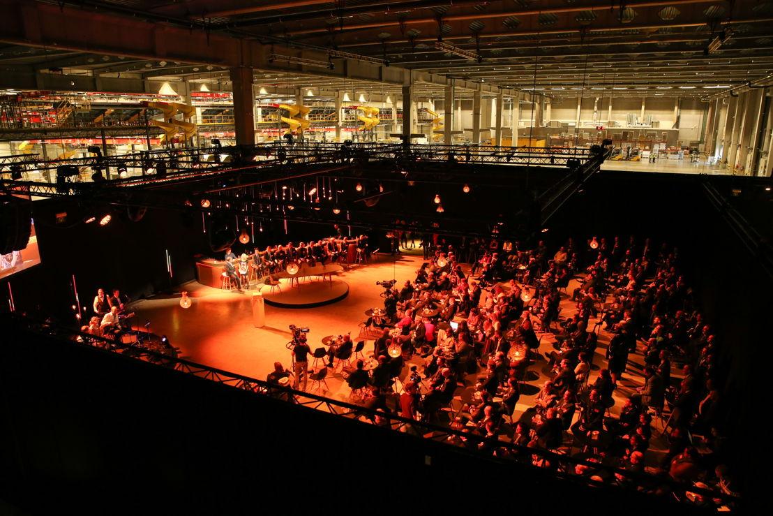 Hub Opening Event, zicht van bovenuit