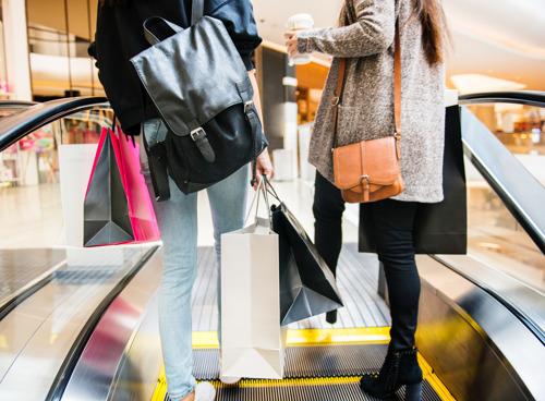 Al 1 op de 5 shoppers winkelt 's avonds tot 21 uur