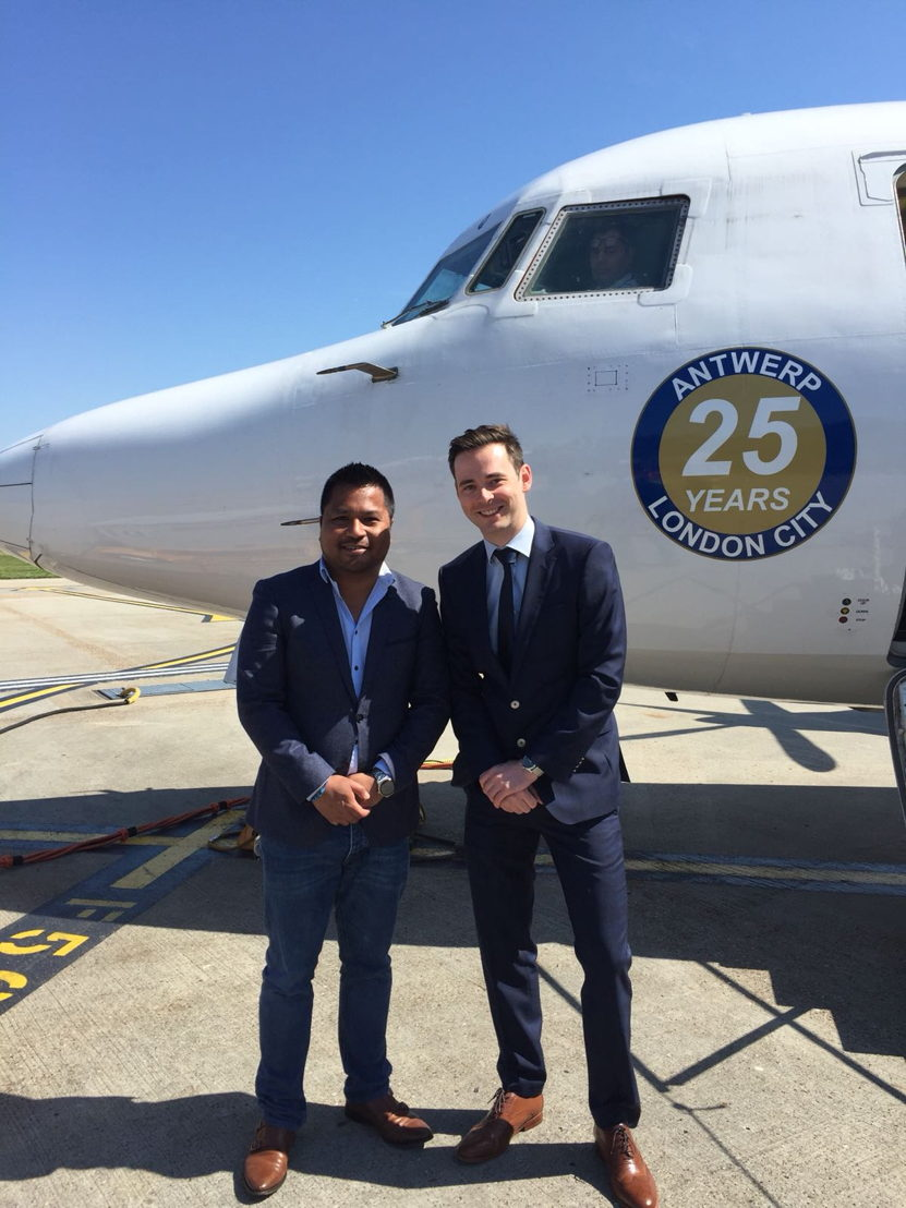 Arno Visser, marketing manager VLM Airlines, and Peter Downes, Aviation Director London City Airport