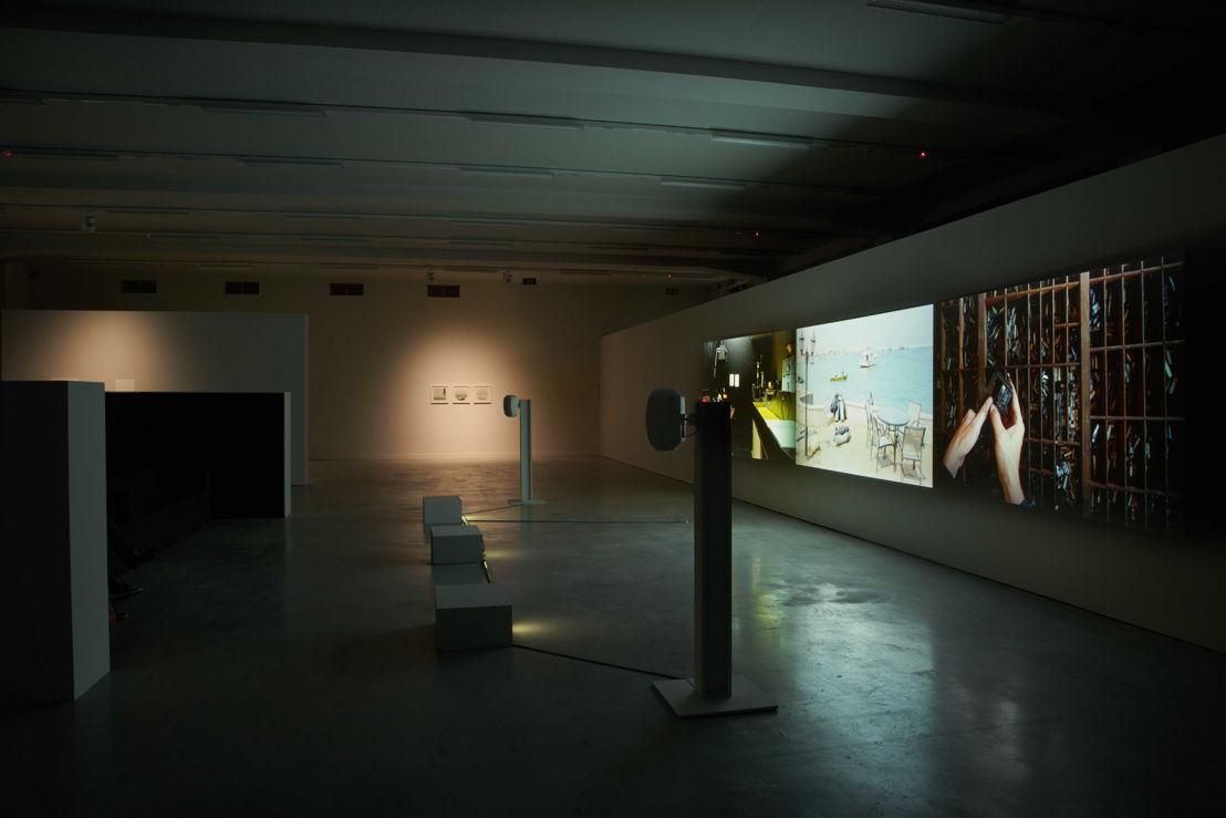 Zicht op de tentoonstelling Ellie Ga. Pharos in M - Museum Leuven<br/>Foto: Dirk Pauwels