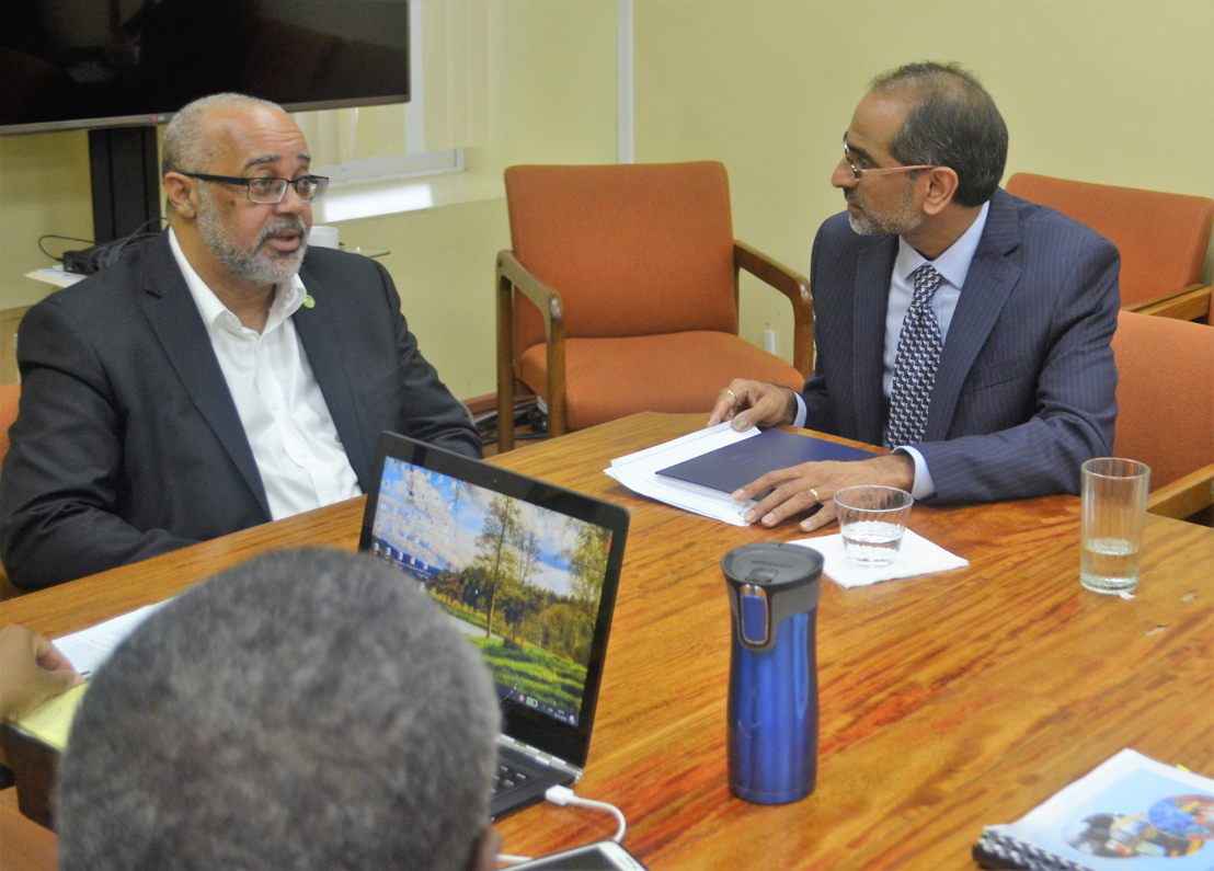 Pawan G. Patil, World Bank Blue Economy Team Leader discusses the Project with OECS Director General, Didacus Jules.