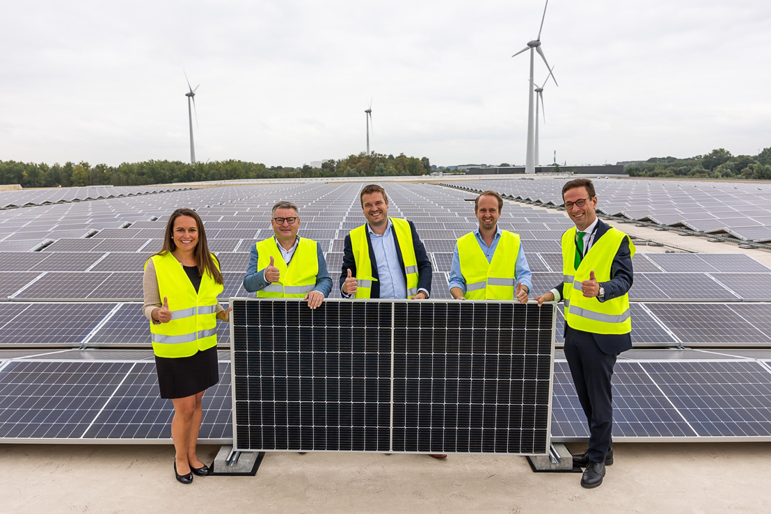 Puurs Logistics Centre produceert lokale groene stroom met 7.120 zonnepanelen van Luminus