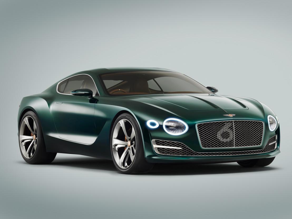 Bentley onthult krachtige visies op luxe en performantie in Genève