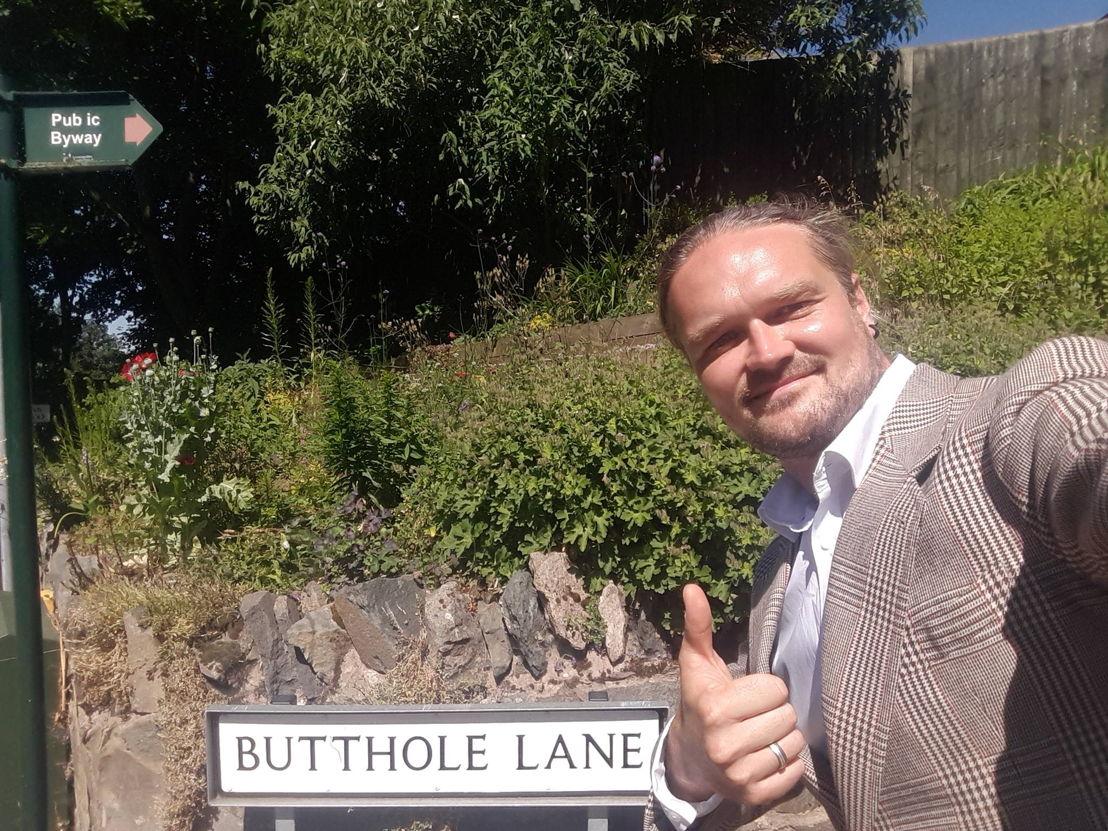 Iedereen beroemd - 'Bye bye Britain' (c) VRT