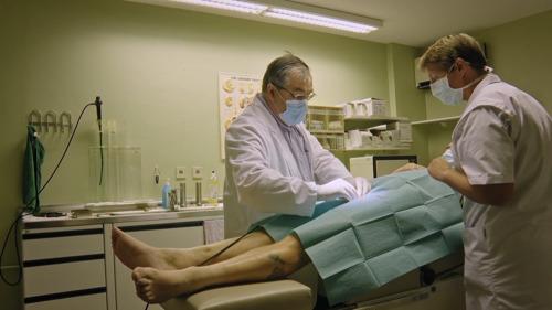"""Prof. van Renterghem: """"Bij mannen van boven de 40 jaar oud, heeft ongeveer 50 procent erectieproblemen."""""""