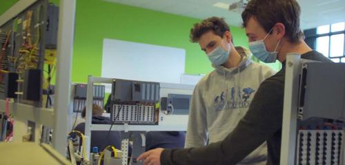 Odisee-studenten kunnen les volgen op de werkvloer van Siemens