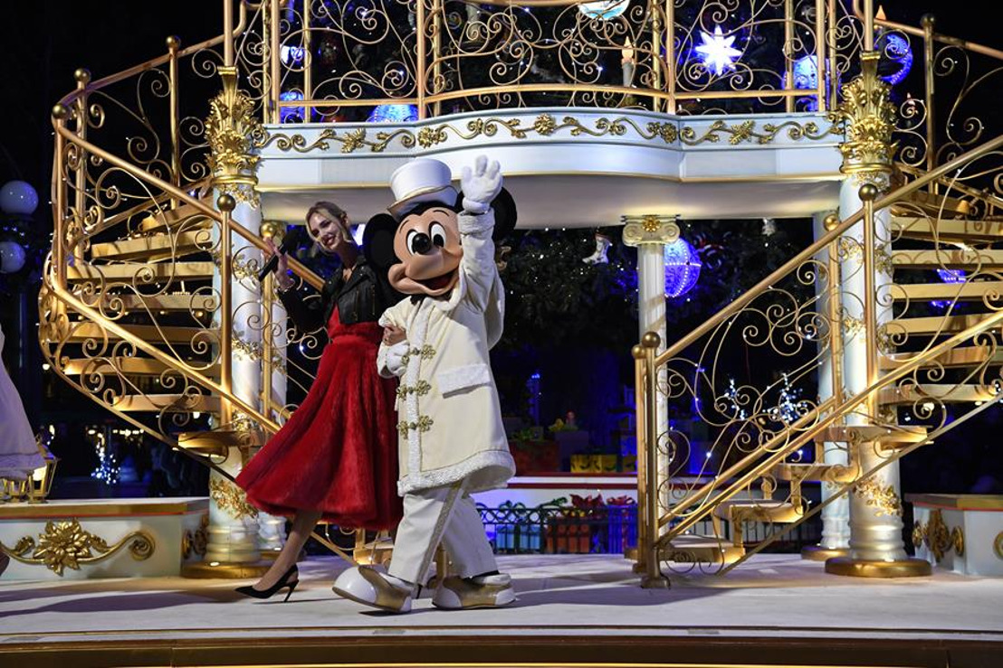 """""""A very Merry ChrisMouse"""" in Disneyland® Paris"""