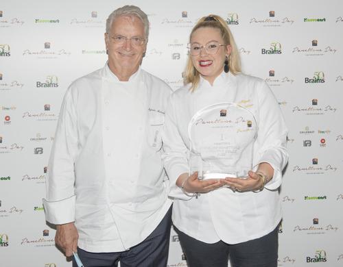 Il panettone della pasticcera Magda Fasciglione conquista il maestro Iginio Massari e si aggiudica il podio alla finale del Panettone Day 2020