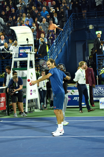 Emirates enlists legend to serve up a challenge for fans at the Dubai Duty Free Tennis Championships 2019