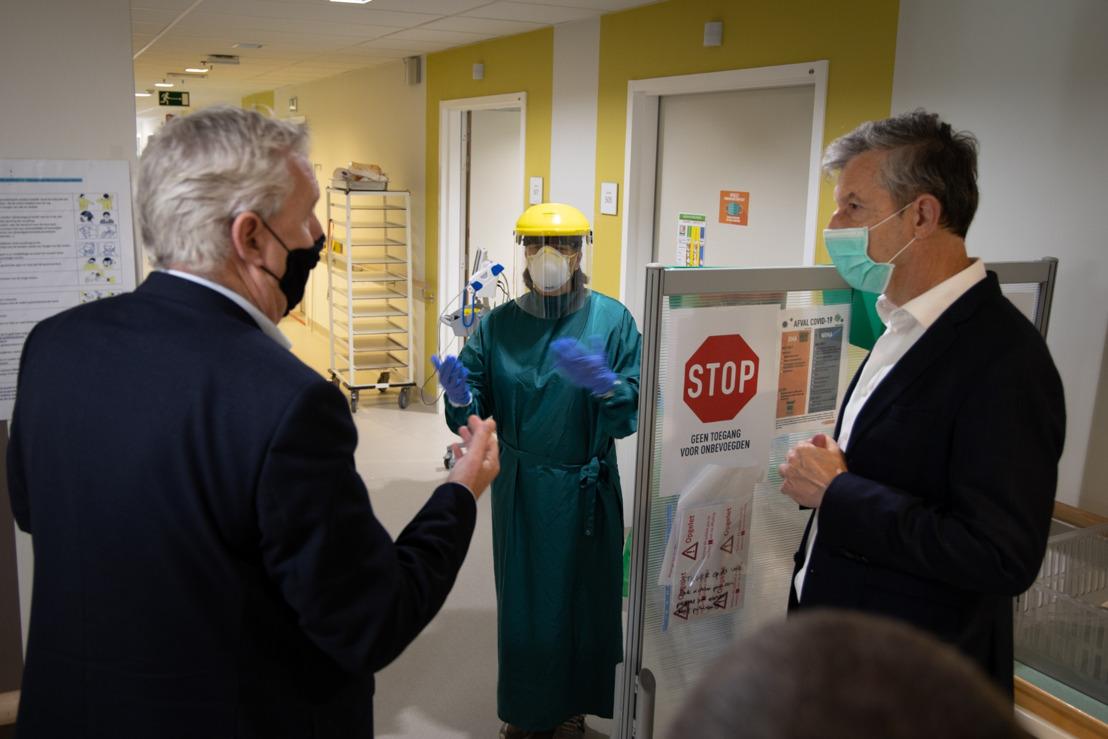 Gouverneur Jan Spooren bezoekt ziekenhuis van Tienen