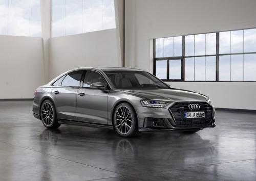 Veelzijdige persoonlijkheid: Audi A8 met vooruitziende actieve ophanging