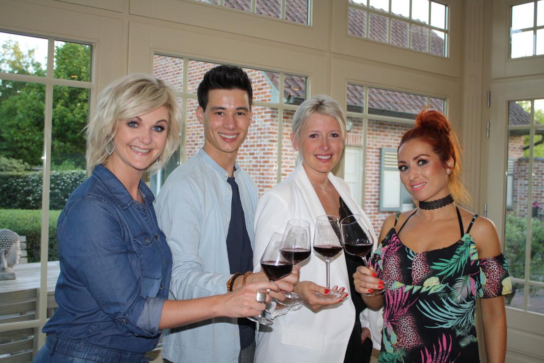Loredana en Trisha gaan kookstrijd aan in de Vlaamse artiestenweek van Komen Eten