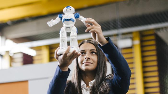 Zes op tien bedrijven ziet potentieel in artificiële intelligentie, robotisering en data-analyse voor financiële beslissingen