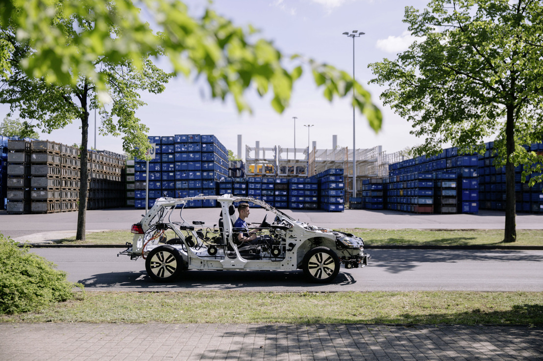 """El modelo descubierto """"eGon"""" ofrece perspectivas sobre la tecnología de vehículos en IdeenExpo"""