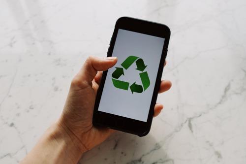Le Red Paper d'Ogilvy Social.Lab devient vert pour son édition spéciale sur le développement durable