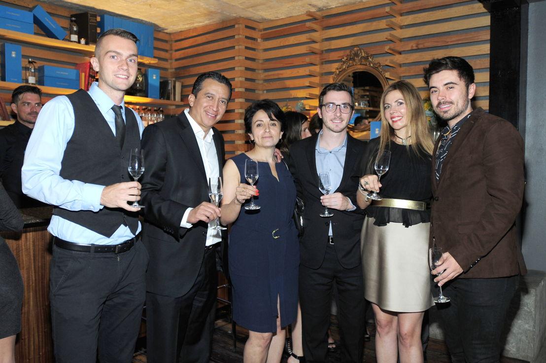 Brian Kraus, Héctor Montes De Oca, Luz Adethe Palacios, Justin Bogda, Martu y Juan Espinosa