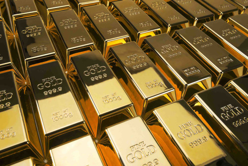 Gold slips as China-US trade talk hopes whet risk appetite