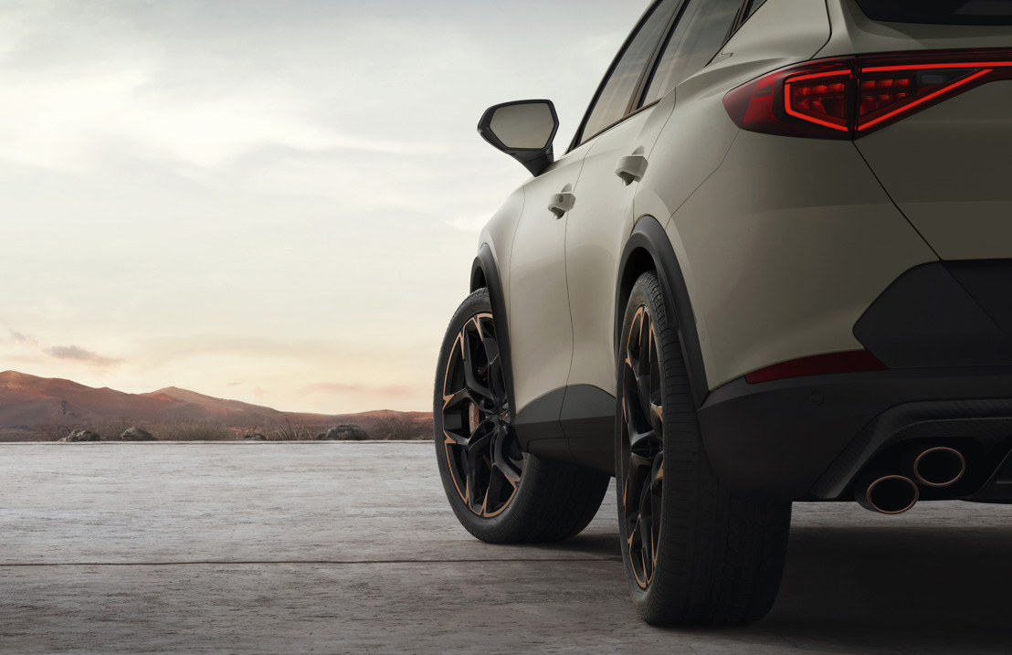 CUPRA celebrates its 3rd anniversary unveiling the Formentor with a heart of five-cylinders