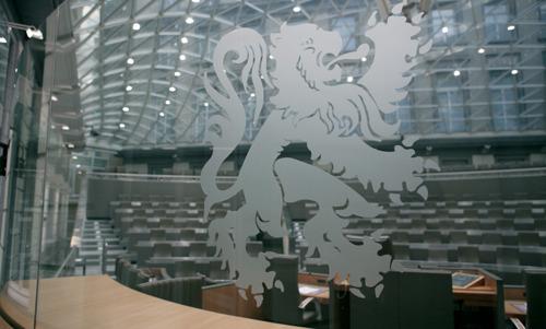 Commissie Binnenlands Bestuur vergadert over de maatregelen van de lokale besturen