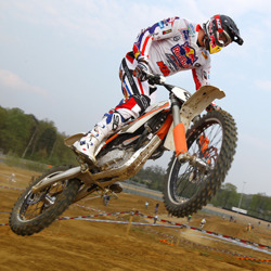 Who can take the E-MX title away from Stefan Everts?
