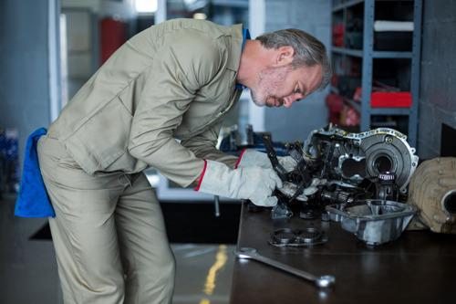 Los talleres mecánicos la están rompiendo, la venta de refacciones a través del e-commerce ha crecido un 63% y va en aumento