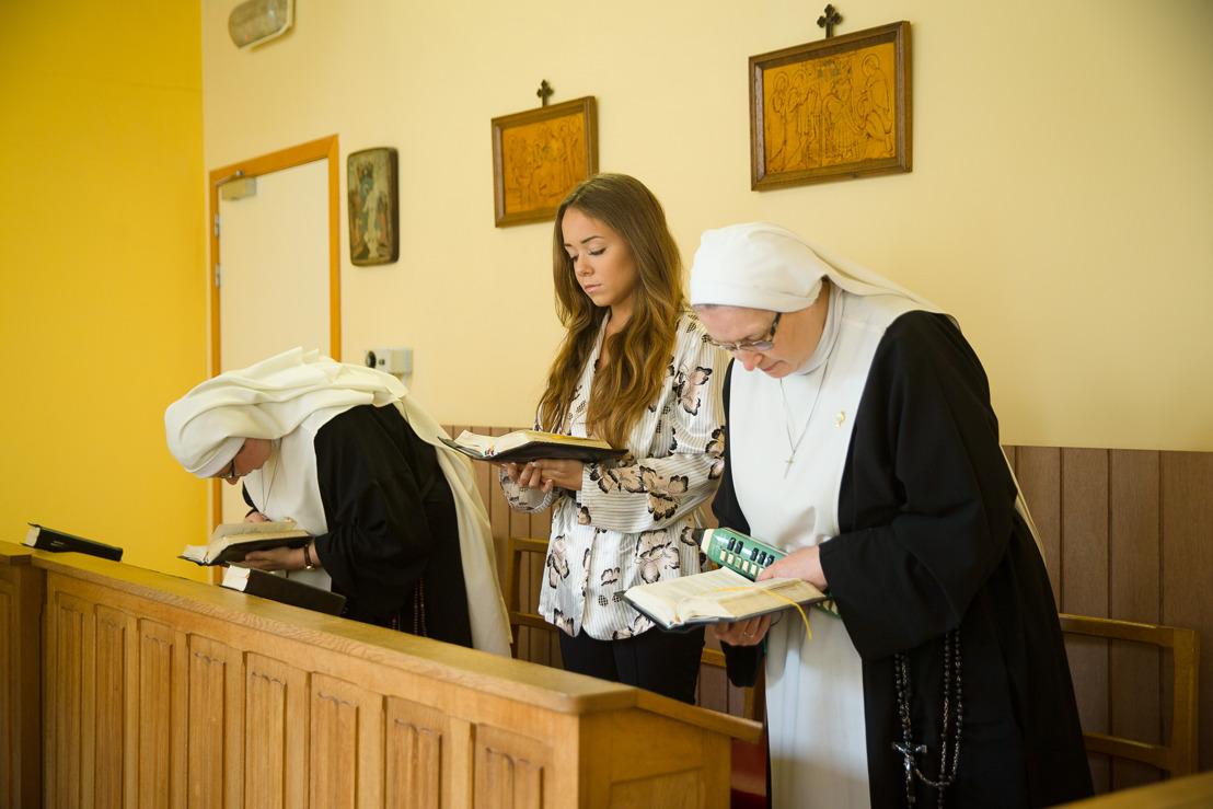 Vijf Vlaamse partygirls ruilen vanaf morgen de club voor het klooster in Oh My God