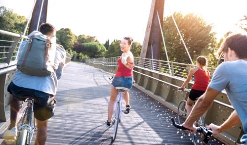 Liefst 2 op 3 fietsongevallen bij jongeren vindt plaats op wegen zonder fietspaden