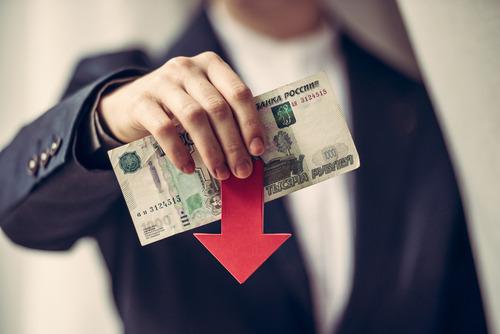 Как изменился средний чек на авиабилеты от повышения курса валют