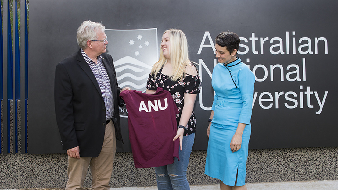 Early Christmas with offers to study at ANU in 2018